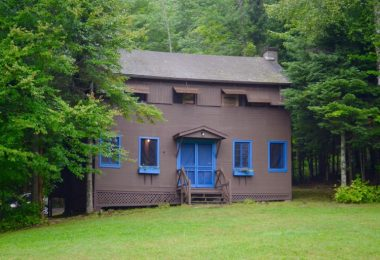 Live in cabins at summer camp new york